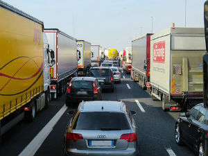 Closing US/Mexico Border Would Badly Harm Trucking