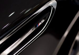 BMW M5: Shipping Your Exotic Car